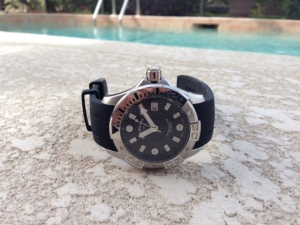The Stuhrling Aquadiver Manta Ray watch. Perfect for soaking up some, uh, rays.