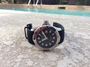 The Stuhrling Aquadiver Manta Ray watch.