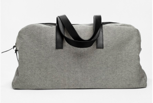 Everlane's simple, clean take on the weekender.