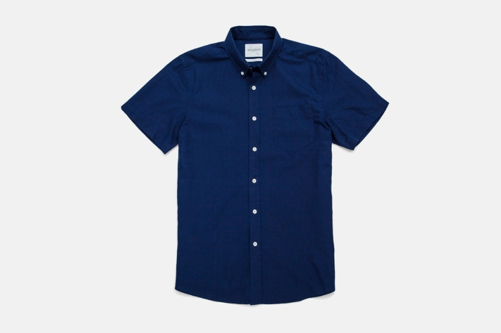 A deep indigo color & extremely soft wash make this the perfect spring shirt.