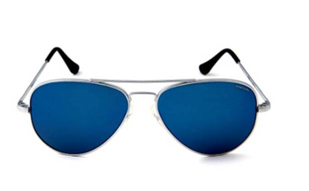 The Concorde Flash Lens series from Randolph Engineering -- an all-American pair of sunglasses for an all-American holiday.