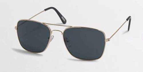 A retro frame shape and color make these one heck of a pair of shades for the price.