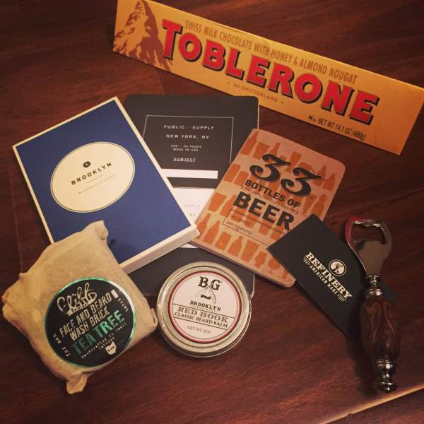 A look at some of the gifts Santa left for me. Brooklyn Field Guide by Wildsam. Beard Balm by Brooklyn Grooming. Beard & Face Brick by Clifford Originals. Notebook by Public Supply. Beer tasting book by 33 Books Co. Chocolate by (who else?) Toblerone.