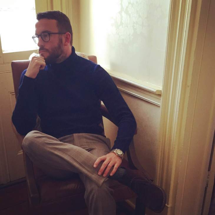 Just thinking on my 2016 style resolutions. Navy turtleneck by Uniqlo. Custom Glenplaid suit trousers by Combatant Gentleman. Charcoacl socks by American Trench. Chocolate Suede Scout Chukkas by Thursday Boot Company. Glasses by Warby Parker.