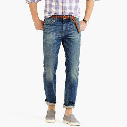 Casual style potential and a more forgiving fit characterize the Leroy.