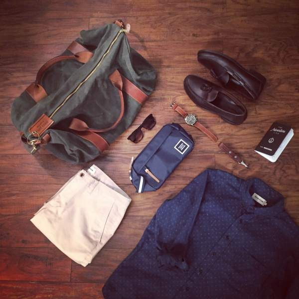 A look at my packing essentials. Voyager Waxed Weekender and leather luggage tag by Owen & Fred. Chapter Travel Kit by Herschel Supply. Slim Chinos in Light Stone and Jack in Indigo Star Shirt by Taylor Stitch. Heritage Tassel Loafers by Sebago. Leather lanyard by Tanner Goods. Waterbury Chrono by Timex x Red Wing. Adventure Log by Word Notebooks. Maximus Sunglasses by Sunday Somewhere.