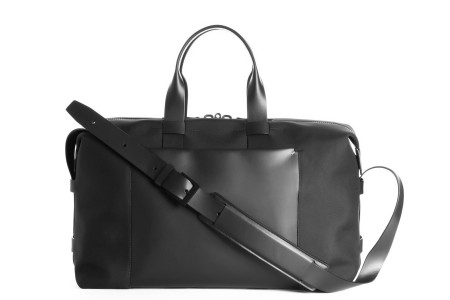 A pricey, minimal and super-premium weekender bag.
