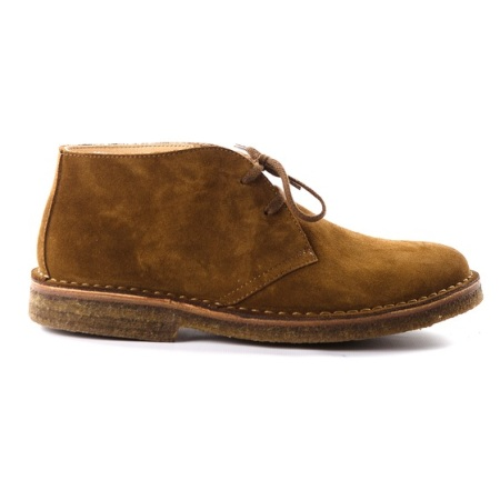Chukka boots that hit the right note between dressy and casual.
