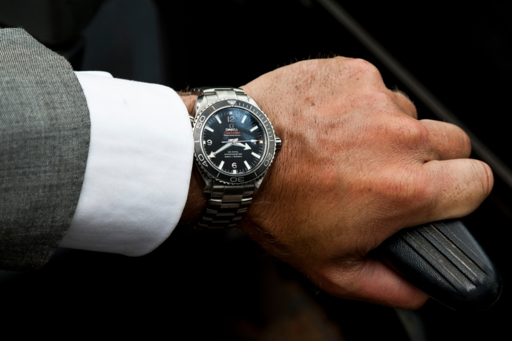 What's on your wrist, 007? We're talking stylish dive watches that won't break the bank today on The Style Guide.