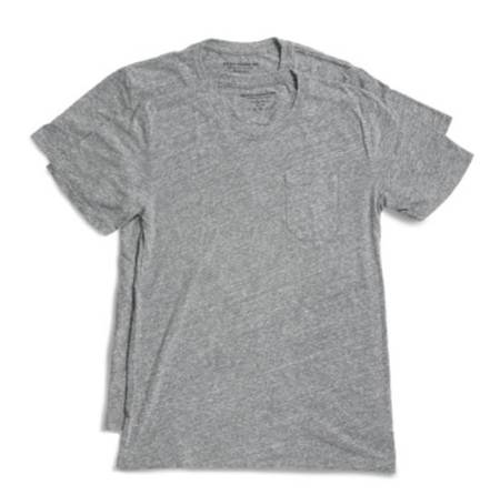 A soft, slim-fitting and easily wearable pocket tee.