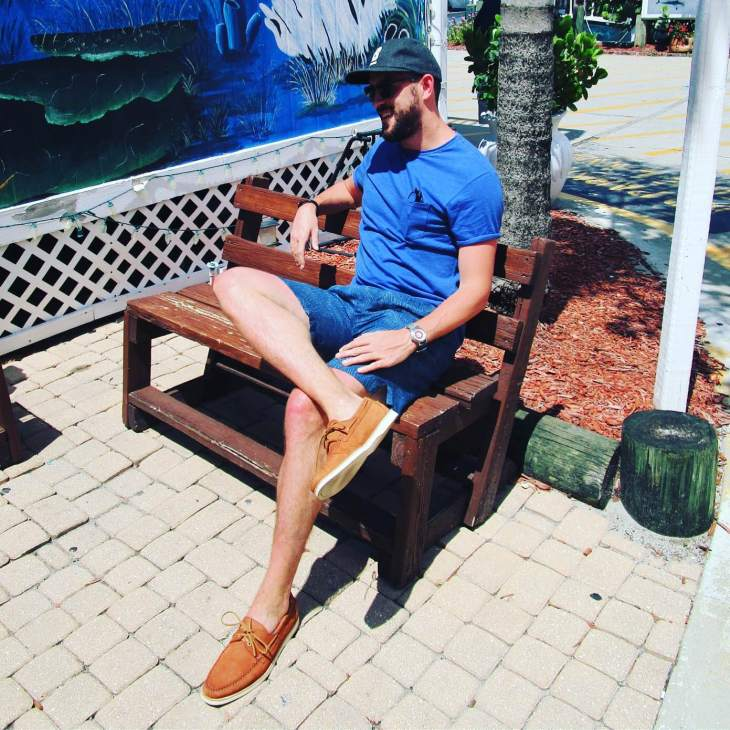 Just one snap of my time spent in sunny Florida. Pocket tee by Steven Alan. Tropical-print linen shorts by Todd Snyder. Cooper Boat Shoes by Jack Erwin. Sunglasses by Nautica. Flat Wool Cap by Bridge and Burn. Mod Watch by Timex x Todd Snyder. Bracelet by Bryer Leather.