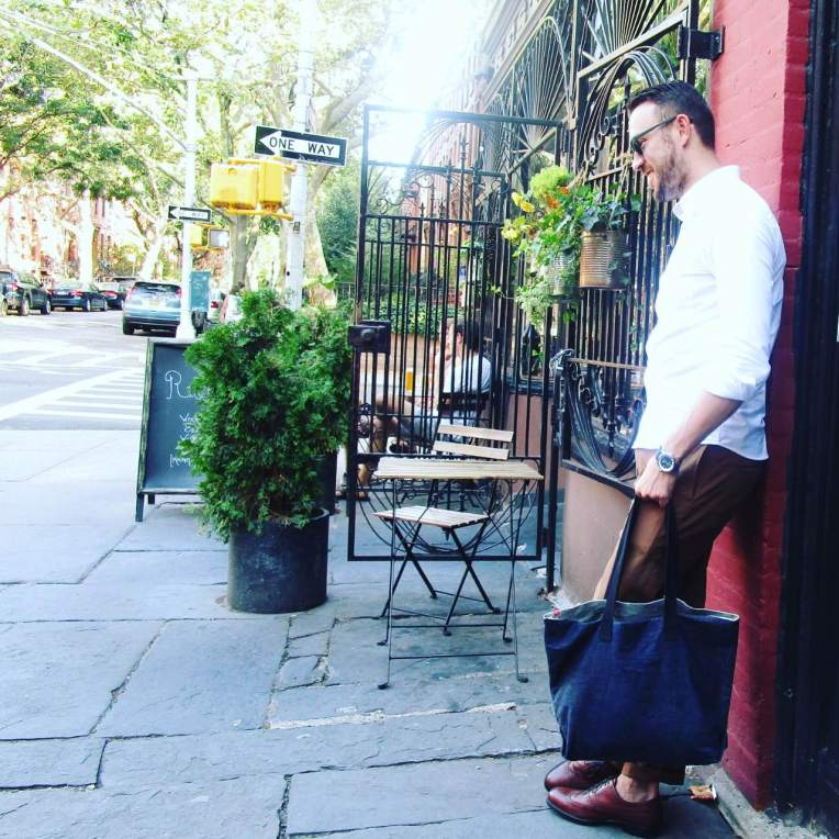 Just one way to wear a stylish, dependable Jack Mason watch. White Oxford by Todd Shelton. Garment-dyed chinos by Dockers. Duvall Wingtips by Johnston & Murphy. Sunglasses by Nautica. Tote bag by JackThreads.