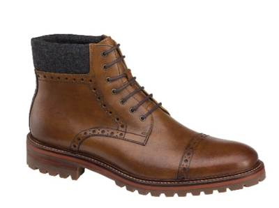 A durable lug sole blended with a handsome tan color and a functional wool collar.