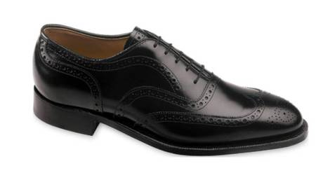 An ultra-crisp pair of classic dress shoes -- just what you need for New Year's Eve.