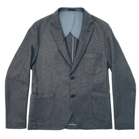 A versatile, tailored jacket that'll spiff up your New Year's Eve ensemble.