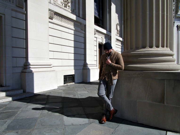 Mixing collegiate, comfortable style for a Sunday of exploration at Beinecke Plaza. Belted Shawl Cardigan by Abercrombie & Fitch. Sashiko Shirt by Taylor Stitch. Stretch twill pants by Kit Culture. Sutter Boots by CAT Footwear. Military Watch by Timex + Todd Snyder. Cashmere cap by Club Monaco. Glasses by Frameri.